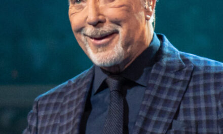 Tom Jones announces Dublin and Cork shows